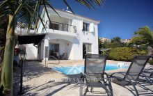 3 Bedroom Sea View Villa Anna in Peyia
