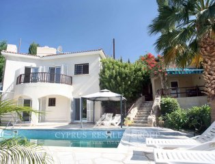 3 Bedroom Villa for sale in Kamares, Cyprus