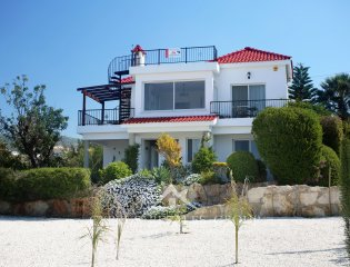 Carob Tree 4 Bedroom Villa in Peyia Property Image