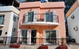 2 Bedroom Detached Villa Firs in Universal
