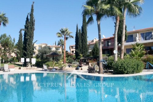 Feature pools in resort development Leptos Estates Regina Gardens 1 in Kato Paphos