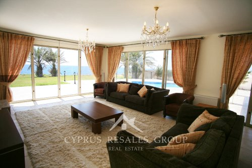 Amazing sea views in a luxury front line villa Prestige in Sea Caves near Paphos, Cyprus