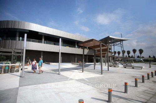 Kings Avenue Mall defines the new center of Paphos.