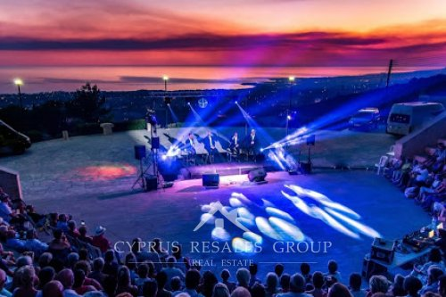 Tala  amphitheater itself boasts stunning panoramic views from Paphos to Coral Bay.